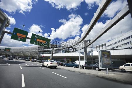 senyal paseo viaje ciudad trafico nube