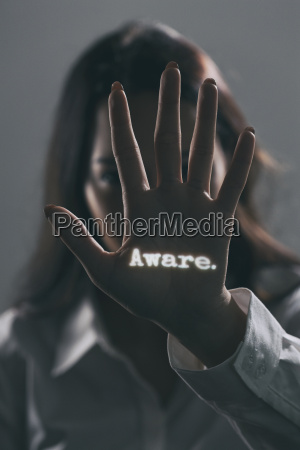 ver brillo oscuro vigilancia solicitud advertencia