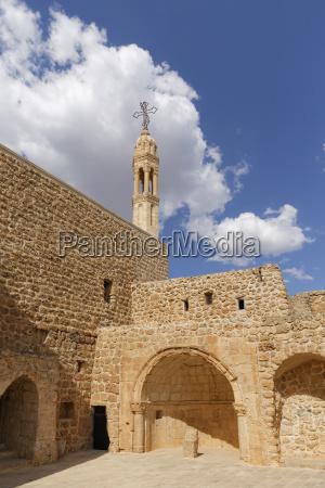 paseo viaje historico religion iglesia piedra