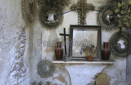 naturaleza muerta religion religioso pensar cruz