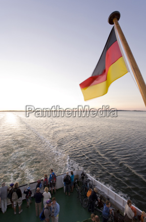 alemania mecklemburgo pomorpommern schaproder bodden bandera