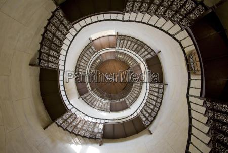 escalera interior europa alemania espiral estilo