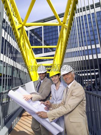 risilla sonrisas trabajo construir posicion cooperacion