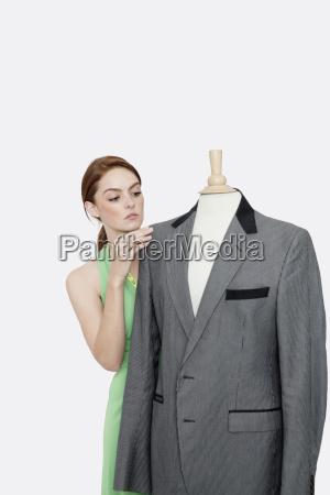 personas gente hombre mujer mujeres moda