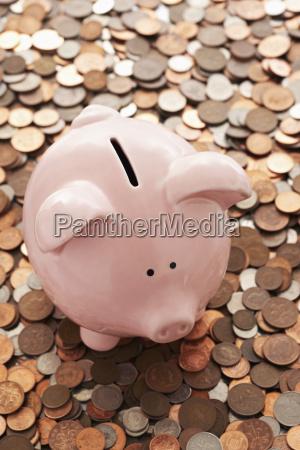 moneda londres perezoso financiero nadie exceso