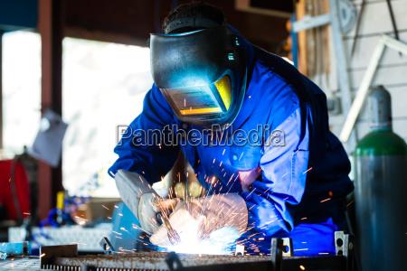 personas gente hombre instrumentos trabajo artesano
