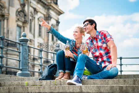 turistas berlineses disfrutando de la vista
