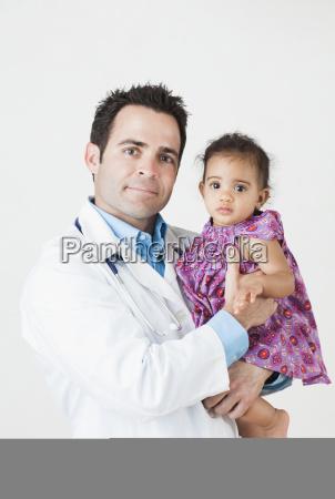 salud cuidado proteger fragilidad inocencia heroes