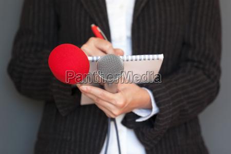periodista conferencia de prensa