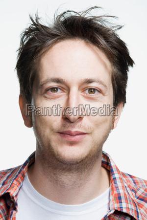 retrato de un hombre adulto medio