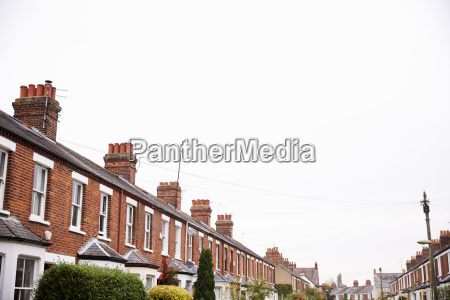 exterior de casas adosadas victorianas en