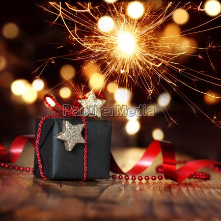 sorpresa de navidad chispeante