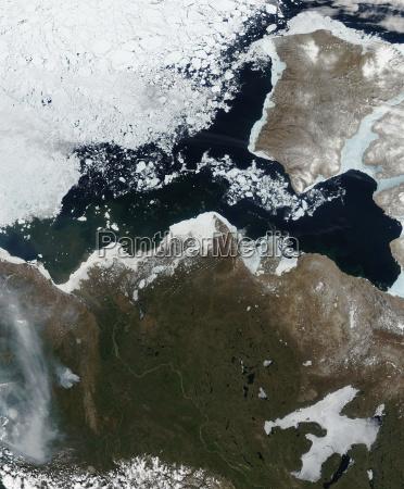 espacio invierno artico congelado canada al