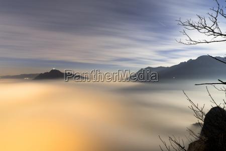 luz paseo viaje color niebla salida