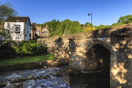 bridge over the river derwent in