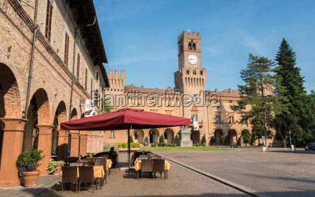 a cafe in busseto overlooking the