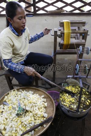 les artisans dangkor silk workshop cambodia
