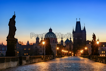 historico puente casco antiguo praga gotico