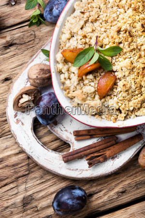 crumble dessert with plum