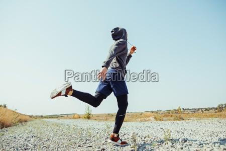correr el deporte corredor del hombre