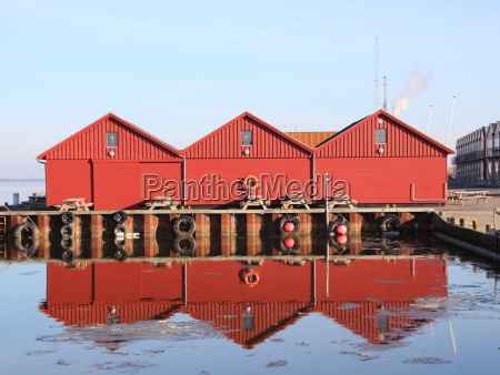 ciudad invierno reflexion europa puerto dinamarca