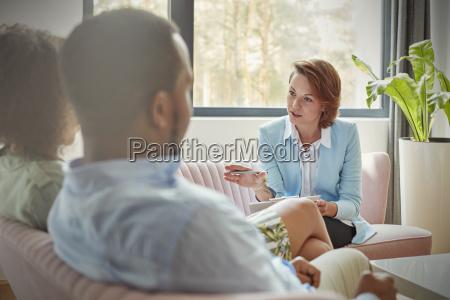 tipo mujer conversacion hablar hablando habla