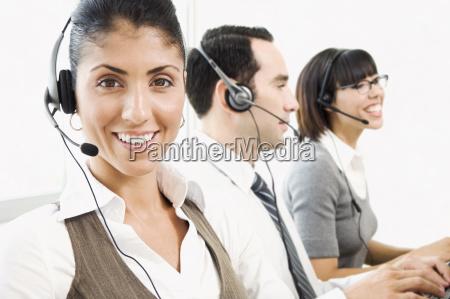 tipo mujer conversacion telefono hablar hablando