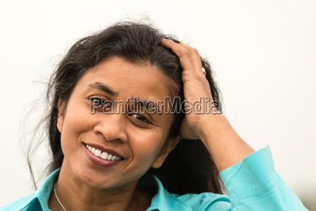 mujer retrato ojos carisma ver expresion