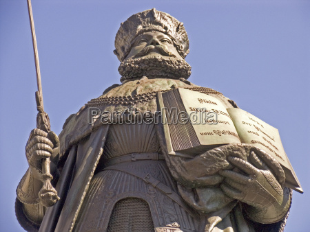 ciudad monumento caballeros estatua europa turingia