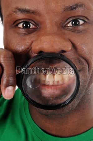 liberado dientes cara aislado africa expresion