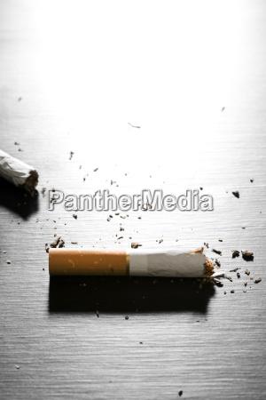 cigarrillo interior interior de fotos simbolico