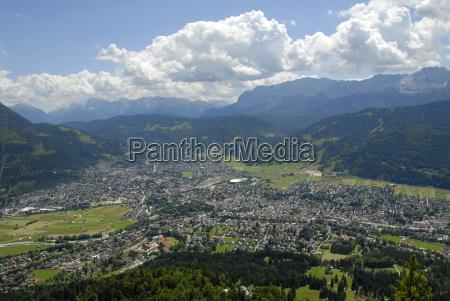 ciudad rural nube alpes monumentos europa