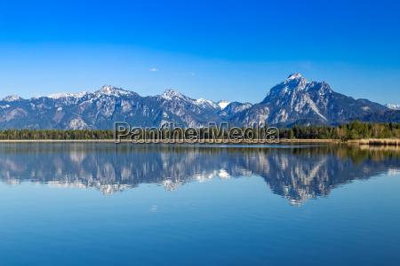alpes lago de montanya de agua