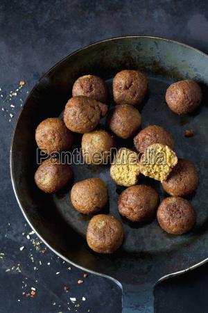 vegan vegetable balls in pan