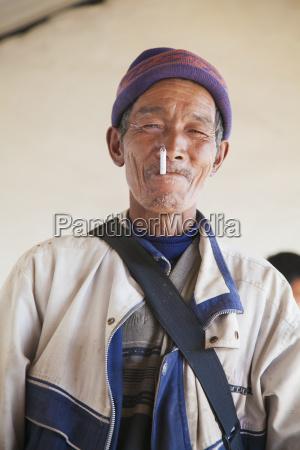 chino naxi hombre lijiang provincia de