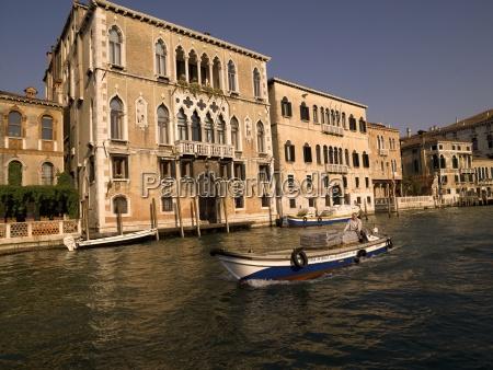 trafico venecia horizontalmente transporte al aire