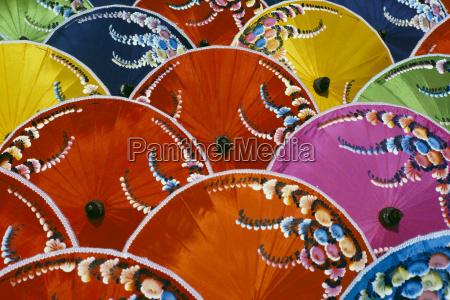 tailandia fabrica de seda del paraguas
