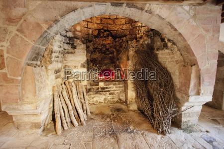 paseo viaje arte famoso piedra madera