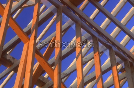construir disenyo madera fuerte horizontalmente bajo