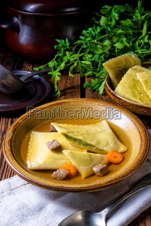 delicioso original de suabia maultaschen