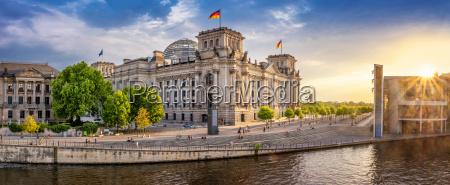 berlin alemania reichstag parlamento aleman gobierno