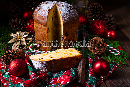 una deliciosa madre italiana autentica panettone