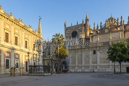 cathedral of seville and archivo de
