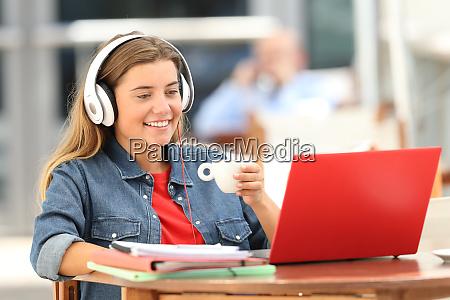 portatil en linea auriculares aprendizaje e