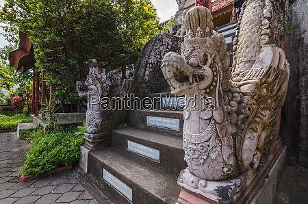 templo edificio religion santuario viejo piedra