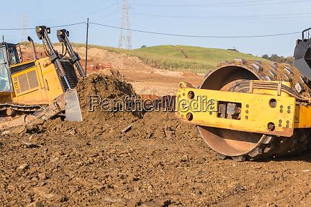 cierre de maquinas compactadoras industriales earthworks