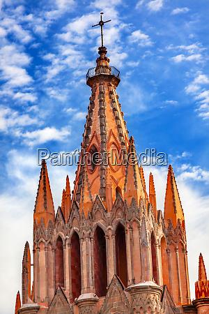 parroquia archangel church steeple cross san