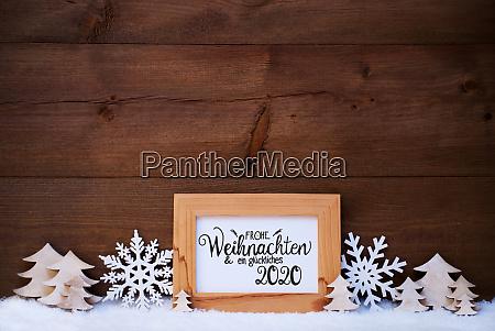 white christmas decoration tree glueckliches 2020