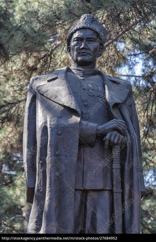 estatua, de, un, héroe, de, guerra - 27684952