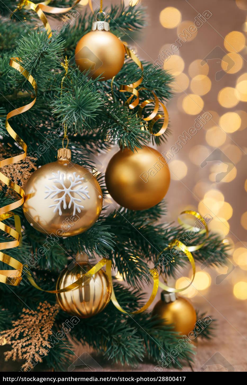 decoración, navideña, con, bolas, y, cintas. - 28800417